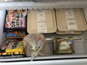 冷凍庫に入れた弁当